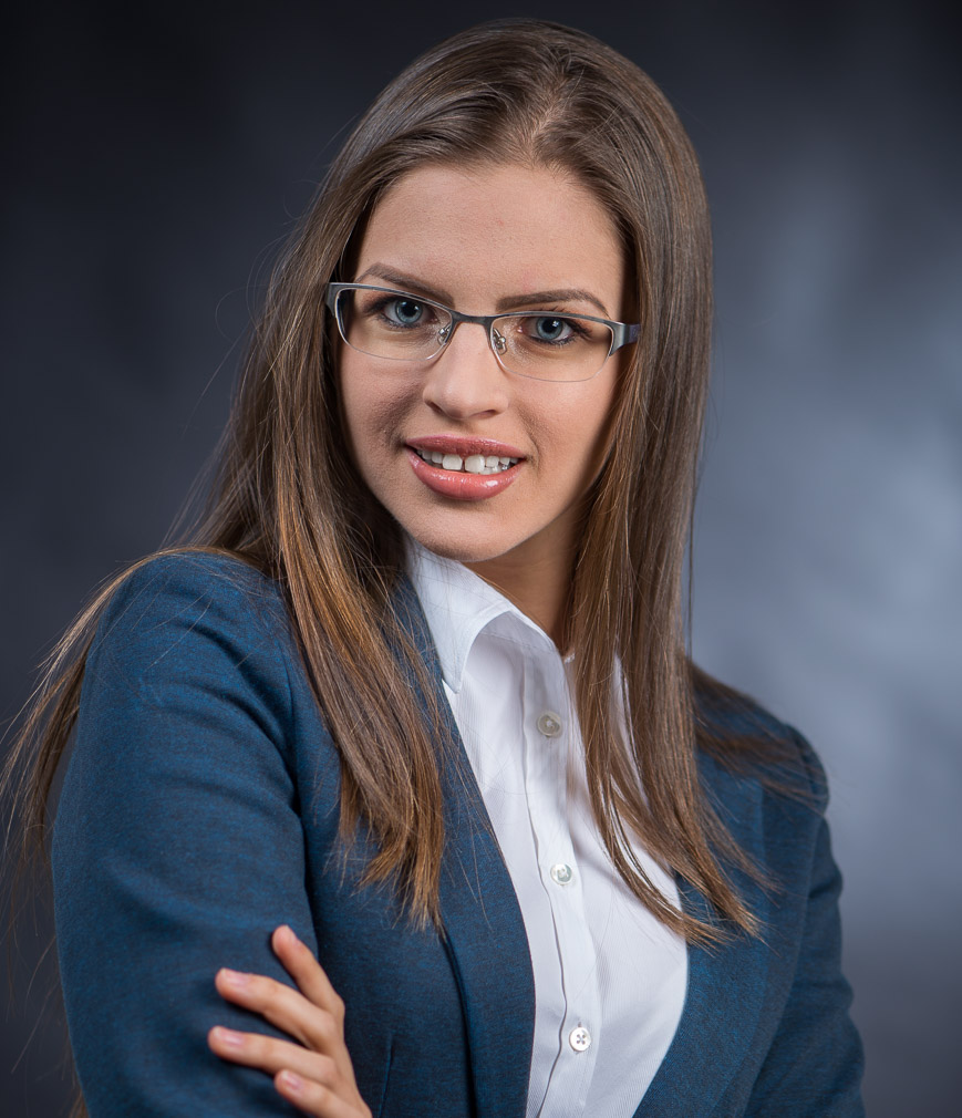 portret business ioana 401