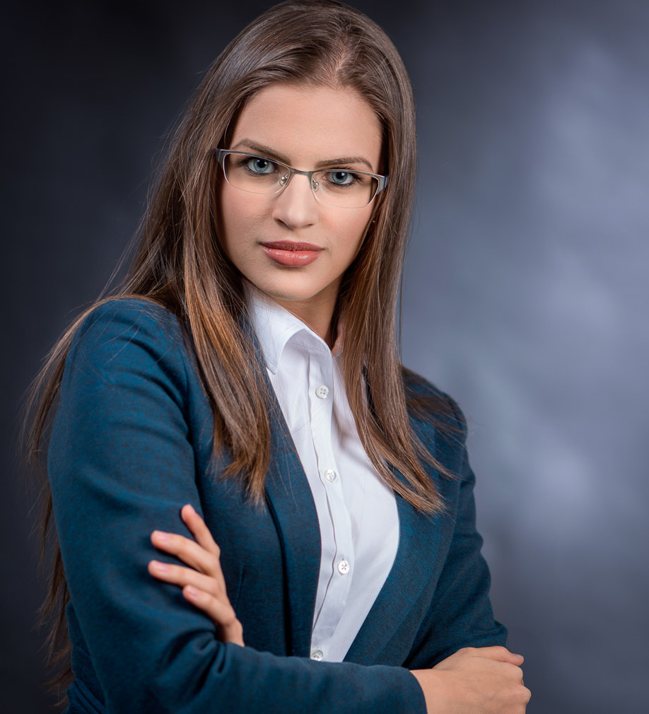 portret business ioana 403