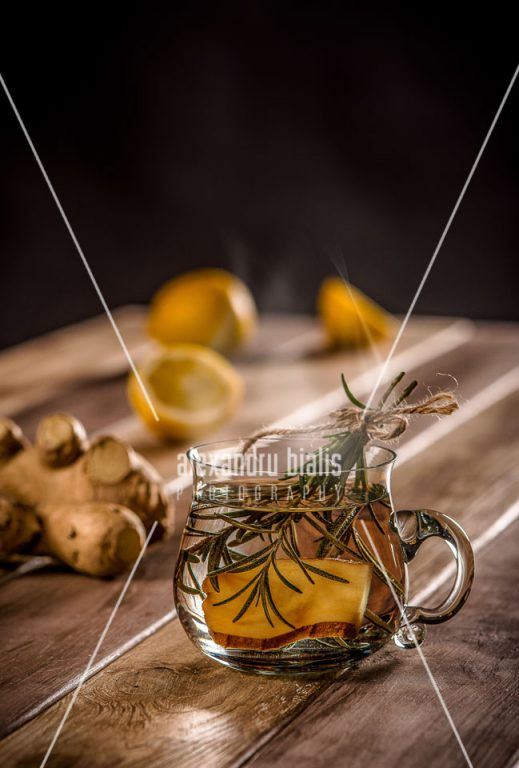 fotografie-culinara-Ceai de ghimbir și rozmarin